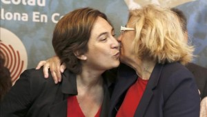 Ada-Colau-Manuela-Carmena-democratica_EDIIMA20150506_0553_4